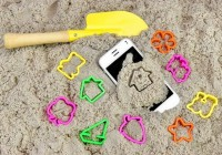 smartfon-iphone-plaza-piasek-lato-wakacje-660